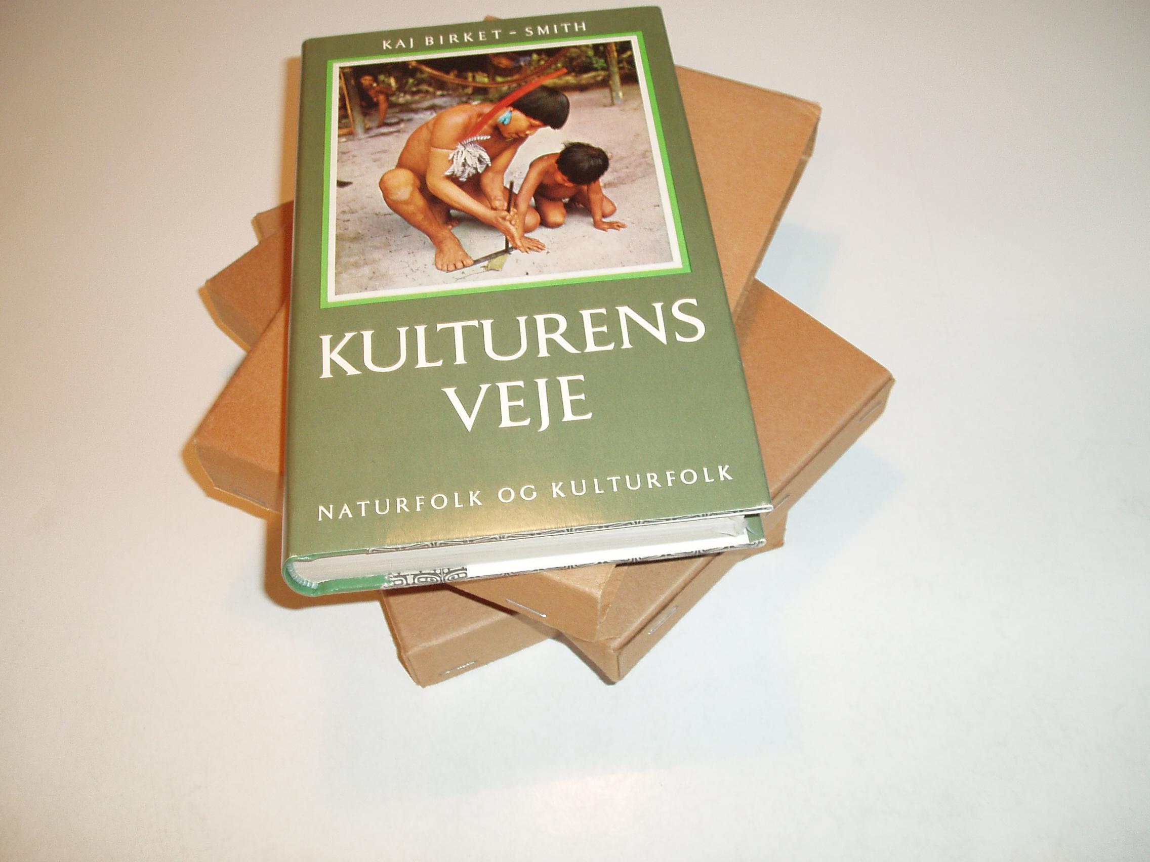 Kulturens veje. Naturfolk og kulturfolk, bind 1-3. Revideret og